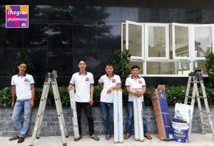 Đội thi công giấy dán tường chuyên nghiệp của Thế giới Giấy dán tường